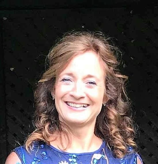 Lesley Rose